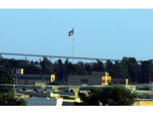 Tel Abyad'daki O Bayrak İndirildi