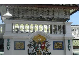 Tika, Osmanlı Armalı Uthit Camii'ni Yeniliyor