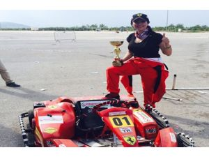 700 Pilotun Katıldığı Drift Yarışmasını O Kazandı