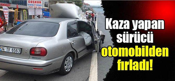 Kaza yapan sürücü otomobilden fırladı!