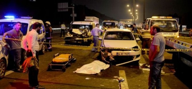 Zincirleme trafik kazası: 2 ölü