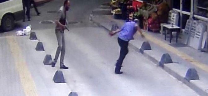 Sokak ortasında akrabasını vurdu