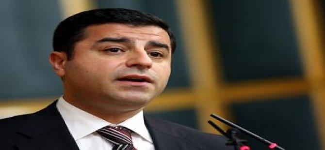 """Demirtaş """"HDP Olmazsa Türkiye Batar"""""""