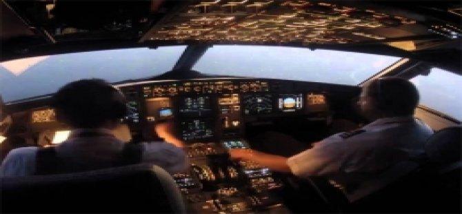 147 yolculu uçağın pilotu havada öldü!