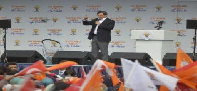 """Davutoğlu""""Bu Ülkeyi Bu Milleti Terk Etmeyeceğiz"""""""