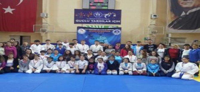 Kocaeli'li Judocular Zirveden İnmiyor