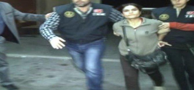 PKK'lı Terörist HDP'nin Seçim Aracında Yakalandı