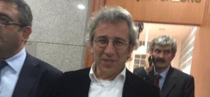 Can Dündar 'tekzip yayınlamama' davasında beraat etti