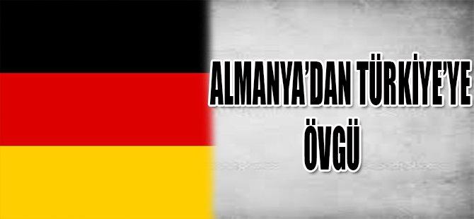 ALMANYA'DAN TÜRKİYE'YE ÖVGÜ
