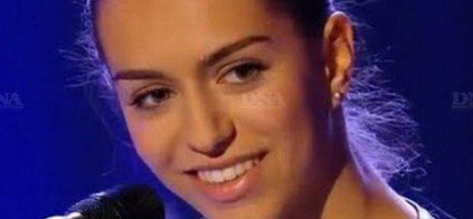 'O Ses Türkiye'den iki kez elenen Türk kızı Fransa'da kazandı