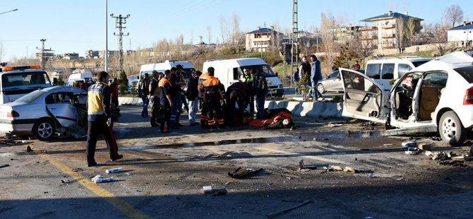 Polisten kaçarken kaza yaptı: 3 ölü