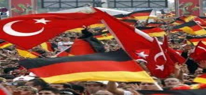 Almanya Vatandaşlarını Uyardı: