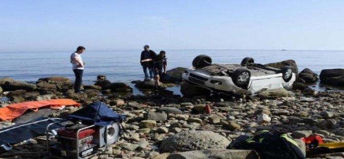 50 Metrelik Uçurumdan Sahile Uçtu: 4 Ölü
