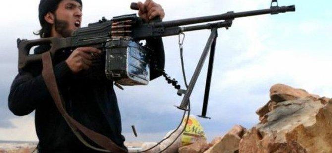 Suriye askerleri ile YPG arasında çatışma sürüyor