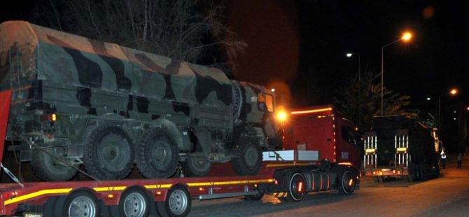 Zırhlı Araç Sevkiyatı Gece de Devam Etti