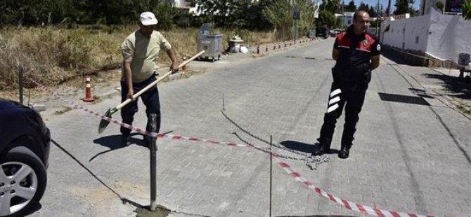 Bodrum'da 15 Yıllık Yol Zincirle Kapatıldı
