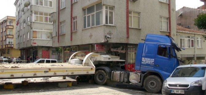 İstanbul'da TIR dehşeti!