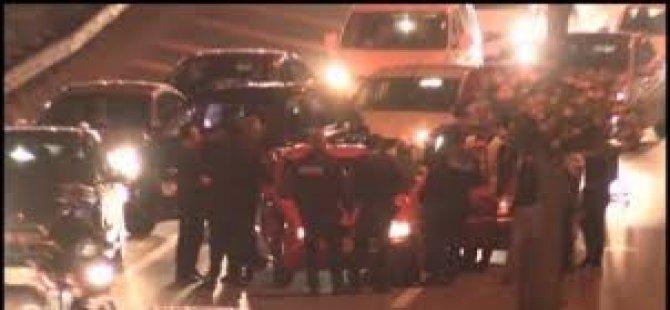 Sürücü Uykuya Kaldı; Trafik Alt Üst Oldu