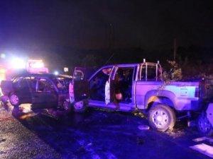 Kandıra yolunda zincirleme kaza:2 ölü 10 yaralı