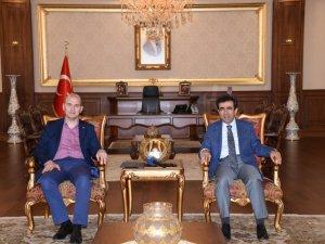 Süleyman Soylu'dan Vali'ye ziyaret