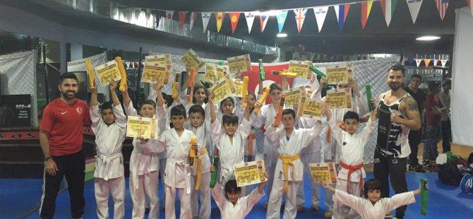 Minik karatecilerin kuşak heyecanı