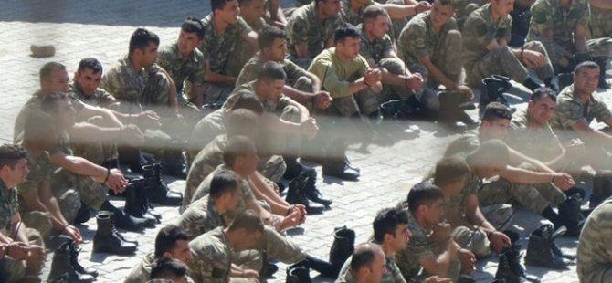 Dolandırıcılar tutuklu erlerin ailelerine sardı