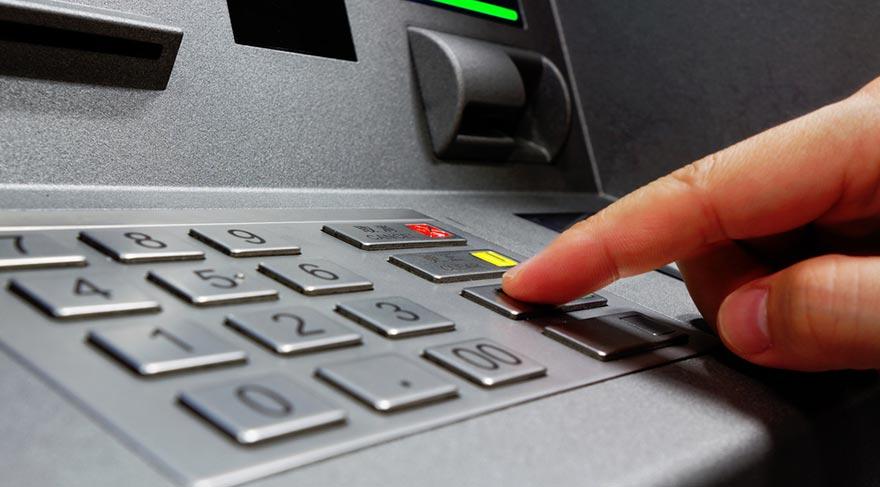ATM'ler 200 TL'lere kapandı!