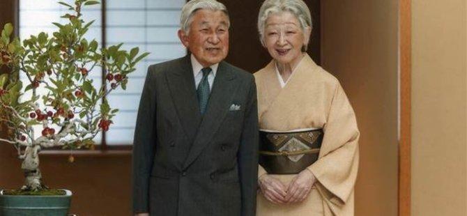 Japon İmparatoru tahtı bırakıyor