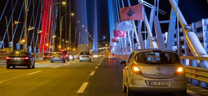 Vatandaşlar Yavuz Sultan Selim Köprüsü'ne akın etti!