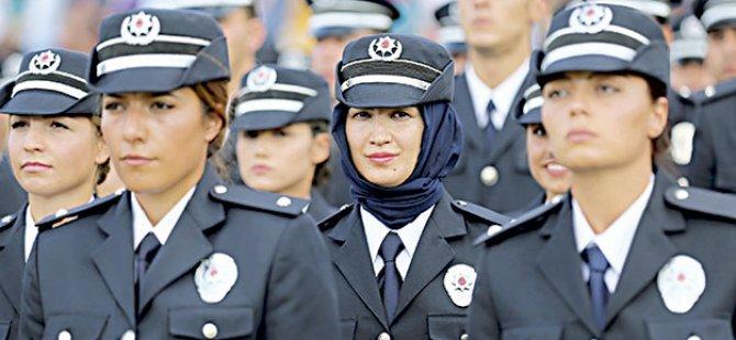 Başörtülü polis sevinci