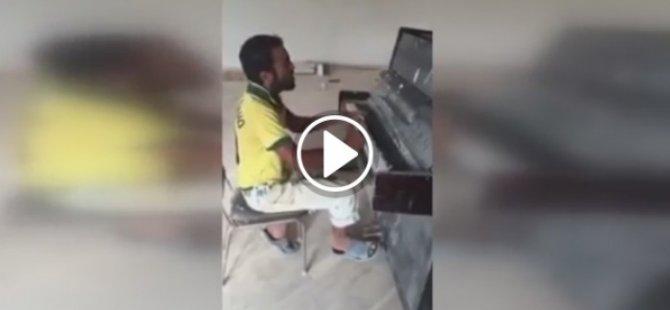 Piyano çalan inşaat işçisi paylaşım rekorları kırıyor!