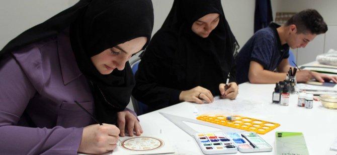 Akademi Lise'de gençler sanatla buluşuyor