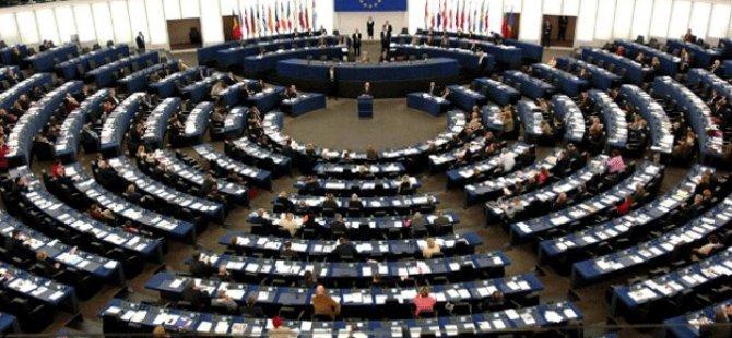 Avrupa Birliği Türkiye'yi kandırıyor!