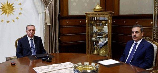 Cumhurbaşkanı Erdoğan, Külliye'de Hakan Fidan'ı kabul etti