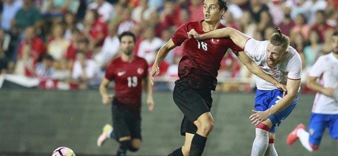 Milli takımın yeni gol umudu: 'Enes Ünal'