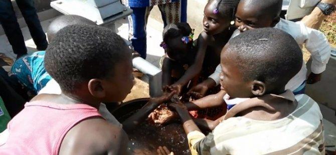 Suya kavuşan Afrikalı çocuklar öyle bir sevinç yaşadı ki...