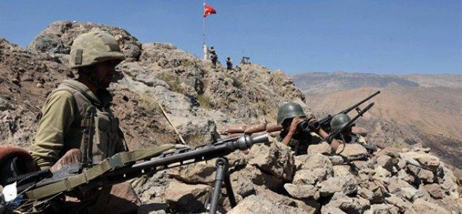 PKK'lı teröristlerin cebinden 'kristal' hapı çıktı