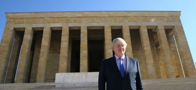 Boris Johnson Anıtkabir'de