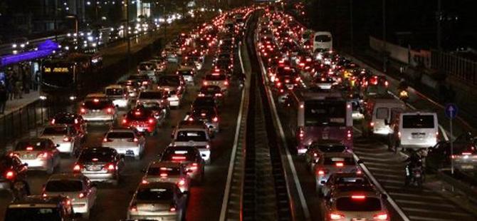 Trafikte bir dönem kapanıyor!