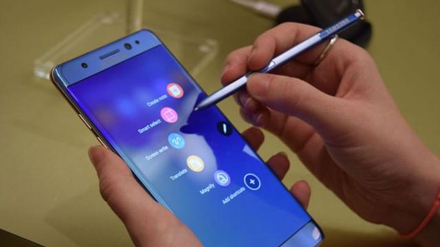 Samsung'tan Çılgın Karar !
