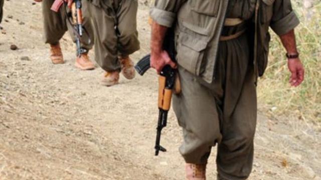 PKK'lı Teröristler Muhtarı Katletti