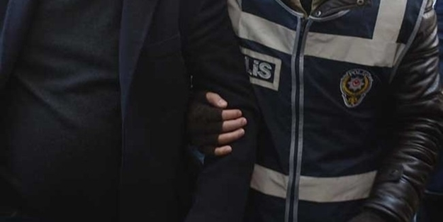 O üniversitenin Rektörü FETÖ'den tutuklandı