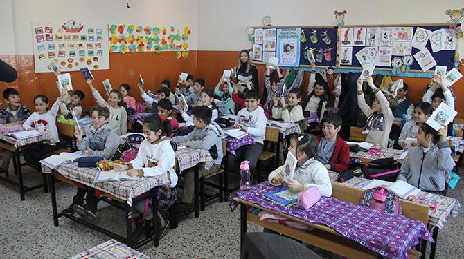 """Çayırova'lı Çocuklar """"Okuyoruz Söyleşiyor"""" Projesiyle Kitaplarına Kavuştu"""