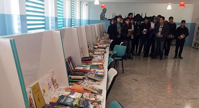 Kocaeli'den giden kardeş kitaplar Mardin'e ulaştı