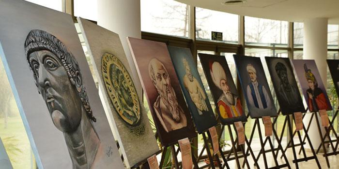 İzmit Tarihi Kocaeli Sanayi Odası'nda Sergileniyor
