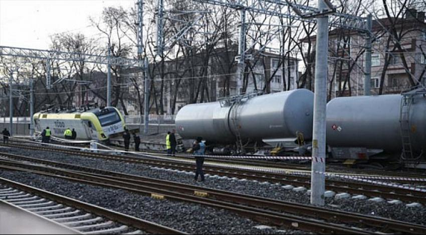 Kocaeli'nden yola çıkan 'Yakıt Treni' raydan çıktı!