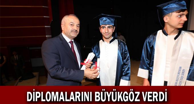 Özel çocuklara diplomalar Başkan Amcalarından
