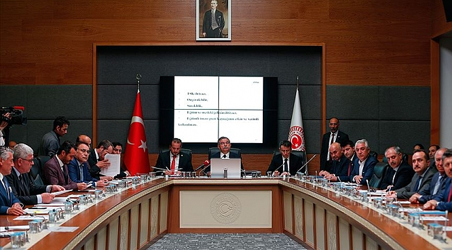 Yeni askerlik sistemi teklifi komisyonda kabul edildi