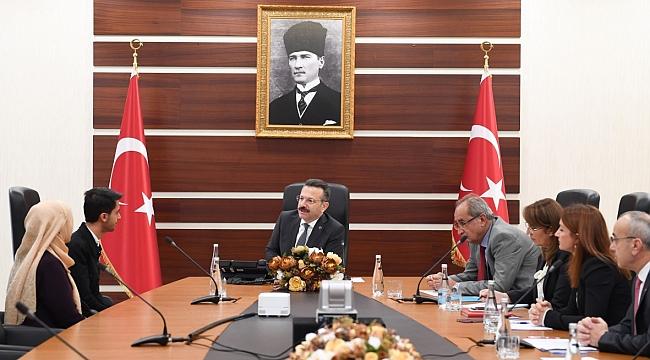 Vali Aksoy 689 vatandaşla görüştü