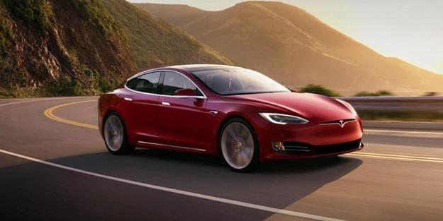 Tesla'ya Türk damgası! İmzalar atıldı